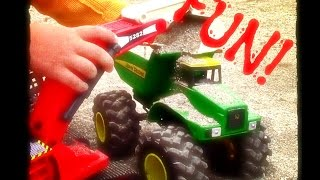 getlinkyoutube.com-construction trucks for children | Dump truck and Excavator | Extra Footage