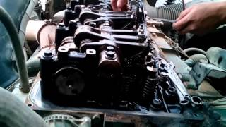 "getlinkyoutube.com-Volvo Truck ""Adjust Valve Engine D13A with out VEB"""