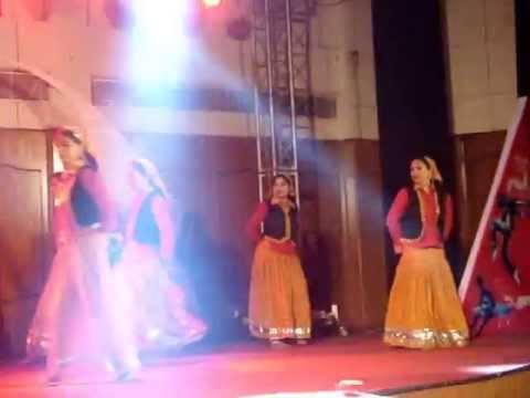 gadwali dance Devbhoomi troop