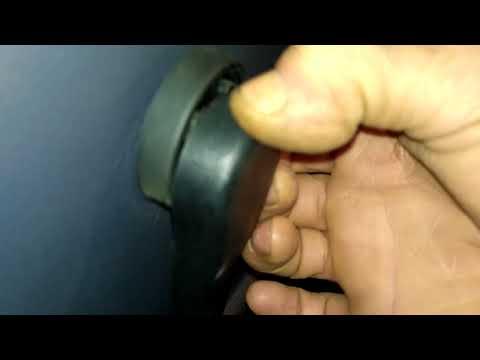 Как снять карту обшивку задних дверей SEAT CORDOBA(99-02)de montaz boczka drzwi tyl panel remova