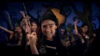 getlinkyoutube.com-แม่มด - Tweenie 90's [Official MV]