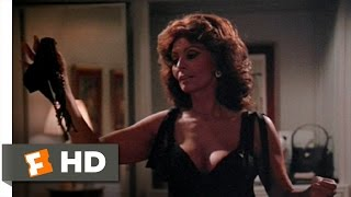 getlinkyoutube.com-Italian Strip Tease - Ready to Wear (9/10) Movie CLIP (1994) HD