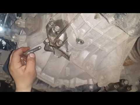 Замена масла в механической коробке передач Hyundai Solaris и Kia Rio
