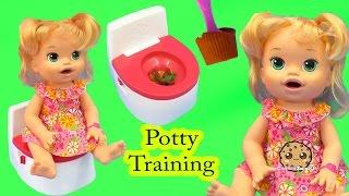 getlinkyoutube.com-Potty Training Baby Alive Super Snacks Snackin' Sara Poops + Feed Doh Food Doll - Toy Play Video