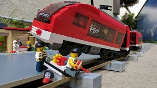 Lego City train derails during robbery at a station
