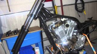 getlinkyoutube.com-Intruder VS 800 rebuild to a Bobber