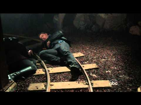 "Once Upon A Time 2x22  ""And Straight On 'Til Morning""  Everyone Hugged & Prepared To Die  HD"