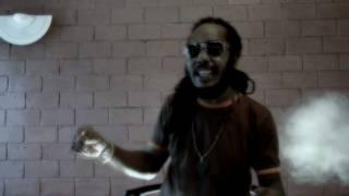 Jah Van I & Stikki Tantafari - Jungle Cry Medley