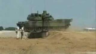 getlinkyoutube.com-Leclerc French MBT Best Tank Ever Built