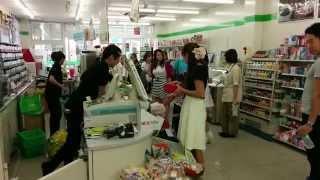 getlinkyoutube.com-【爆笑動画】名古屋大須ファミマ店員加藤さん(最新状況)