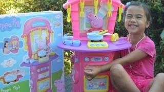 getlinkyoutube.com-NEW Peppa Pig's Electronic First Kitchen 15 pcs Kitchen Accessories l Kids Balloons and Toys