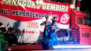 "getlinkyoutube.com-tari Ongkek Manis ""SALMA"" sanggar tari gatra kencana tulungagung"