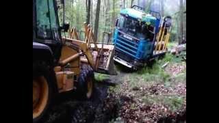 getlinkyoutube.com-Scania i Case - WTOPA w lesie