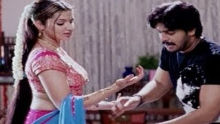 Arthi Agarwal's Saree Seduced