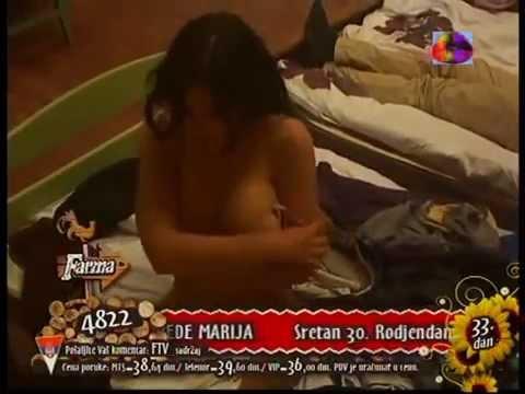 Stanija pokazala gole grudi! Frma 4 | 2013 |