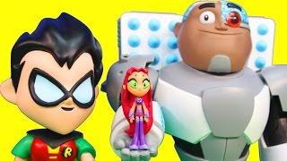 getlinkyoutube.com-Imaginext Joker Tries to Take Teen Titans Go T Tower From Robin Cyborg Starfire Raven Beast Boy