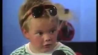 getlinkyoutube.com-Kleiner Junge disst seine Mutter