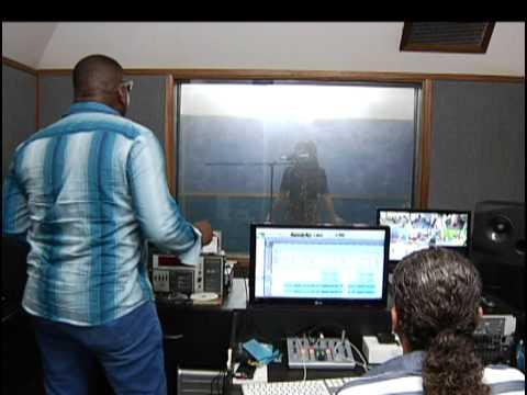 Naty Lamarquéz: nuevo talento de la música ranchera [Noticias] - TeleMedellin