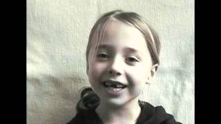 getlinkyoutube.com-女の子の0歳から12歳までの成長を2分45秒に圧縮した微速度撮影映像