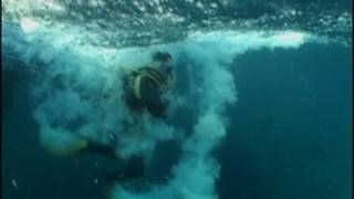 getlinkyoutube.com-Scuba Diving in a Tsunami