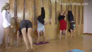 getlinkyoutube.com-Handstand with Carrie Owerko (Iyengar Yoga Principles)