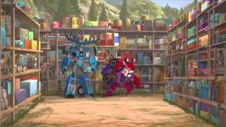 getlinkyoutube.com-Transformers Robots in Disguise Humans Escape Decepticons Custody