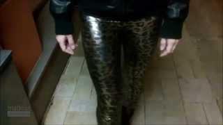 getlinkyoutube.com-Caribig - wetlook leopard print leggings in the night 2014