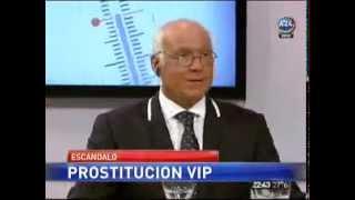 """getlinkyoutube.com-Jacobo Winograd a las piñas con el """"Topo de la farándula"""""""
