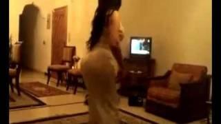getlinkyoutube.com-رقص فتاة بجمال الجسد وروعة القوام النسخة الكاملة ـ اغنية محمد عبده ارسل سلامي