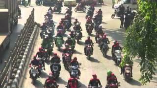 getlinkyoutube.com-waduuhh!!!! jalan raya bekasi macet total akibat demo buruh konvoi menuju istana negara