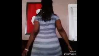 getlinkyoutube.com-Random Twerkin Remixed lol