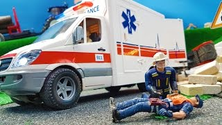 Ambulance BRUDER trucks toys in action! Construction company fail crash!