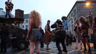 getlinkyoutube.com-macnas parade (아일랜드 여행 014)