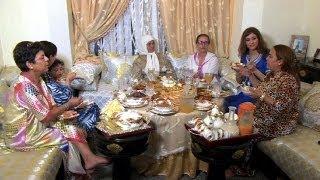 getlinkyoutube.com-رمضان في لندن...عادات وطقوس العائلات المغربية