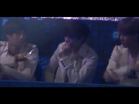 [Fancam]121229 EXO Kai Sehun Lay watching BAP Warrior + Dance break( FULL CUT)