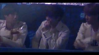 getlinkyoutube.com-[Fancam]121229 EXO Kai Sehun Lay watching BAP Warrior + Dance break( FULL CUT)