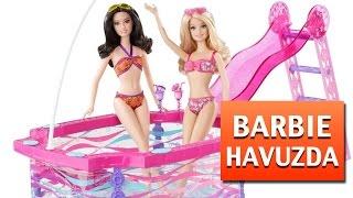 getlinkyoutube.com-Barbie ve Arkadaşlarının Havuz Keyfi