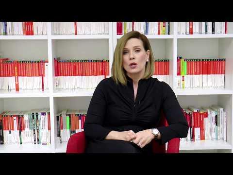La Dra. Deanna Mason presenta el libro 'Cómo educar adolescentes con valores'
