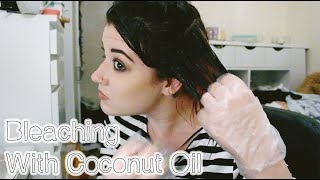 getlinkyoutube.com-Bleaching My Hair Over Coconut Oil