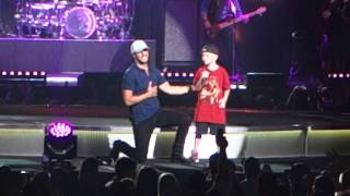 getlinkyoutube.com-Luke Bryan - This Is How We Roll - Sioux Falls, SD