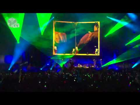 Afroki (Afrojack & Steve Aoki) - LIVE at TomorrowWorld (