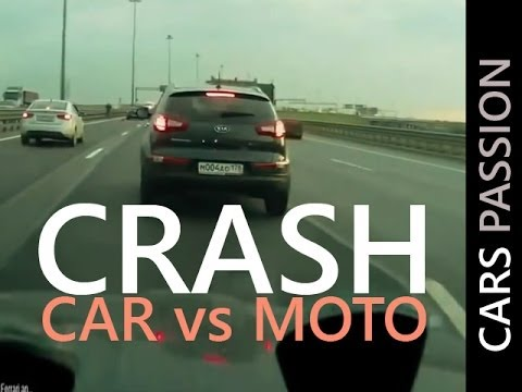HUGE CRASH car between moto - fatal accident high speed 08/2012