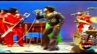 getlinkyoutube.com-JAMES BROWN Soul Train 1974