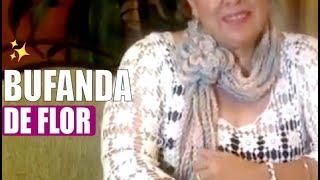 getlinkyoutube.com-Cómo tejer una flor - hacer una bufanda - Tejiendo con Laura Cepeda
