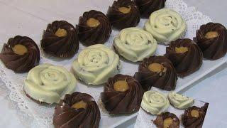 getlinkyoutube.com-وصفات هندوشة حلوة التاج بالشوكولا - صابلي برستيج   Sablés prestige au chocolat et caramel
