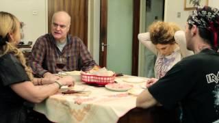 getlinkyoutube.com-In familie - scurtmetraj romanesc 2015