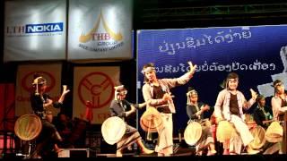 getlinkyoutube.com-Lumpootai ລຳຜູ້ໄທມູນເຊື້ອຜູ້ໄທເມືອງວັງ - Moukdavanyh Santiphone ມຸກດາວັນ ສັນຕິພອນ Lao Song