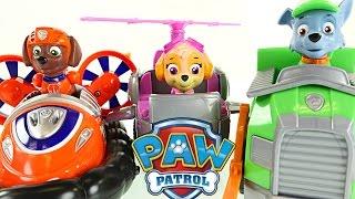 getlinkyoutube.com-Paw Patrol Hovercraft High Flyin' Copter and Recycling Truck Toys! Rocky, Zuma, Skye