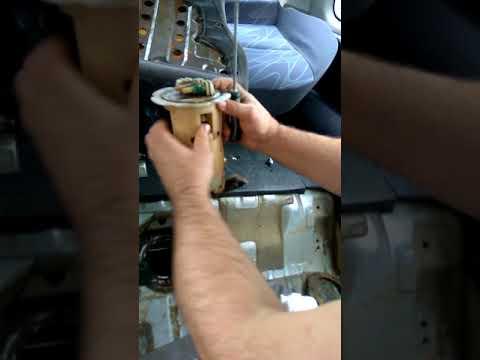 Расположение топливного насоса у Nissan Note