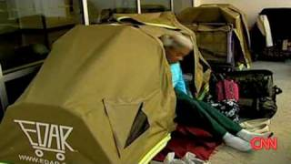 getlinkyoutube.com-CNN - Tents on wheels give homeless people roof and pride